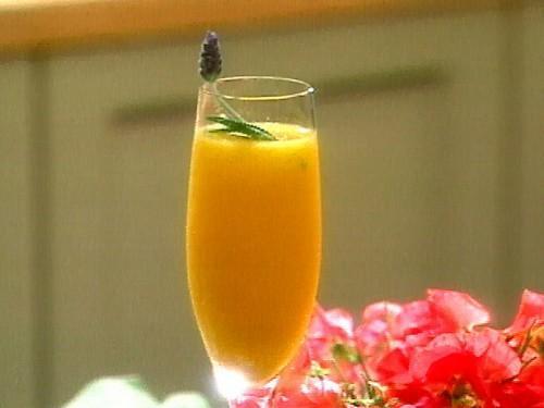 Mango Champagne Koktél